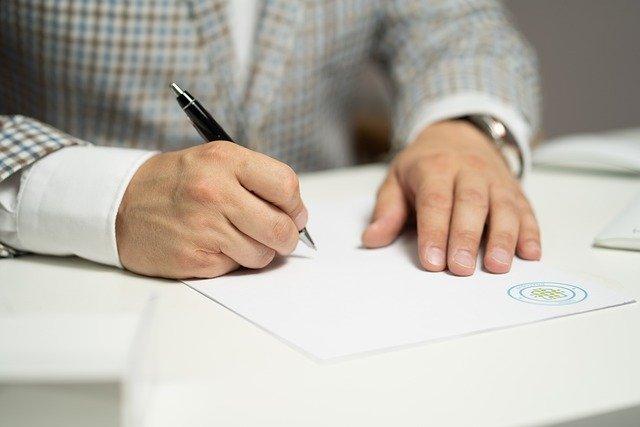 個人事業と青色申告の同時提出