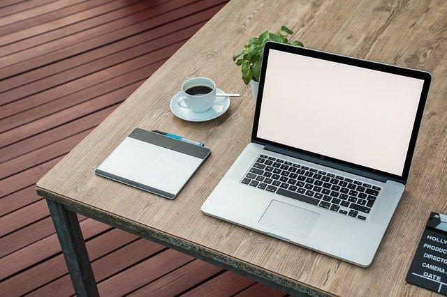 ブログ初心者13か月目の収益とPVを公開