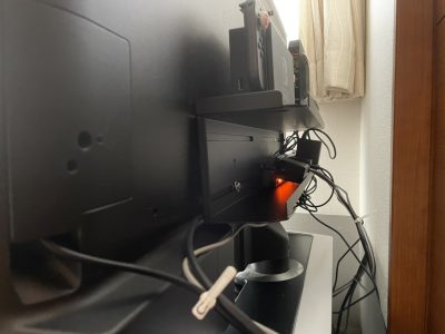 テレビ裏の配線を背面ラックで整理しよう